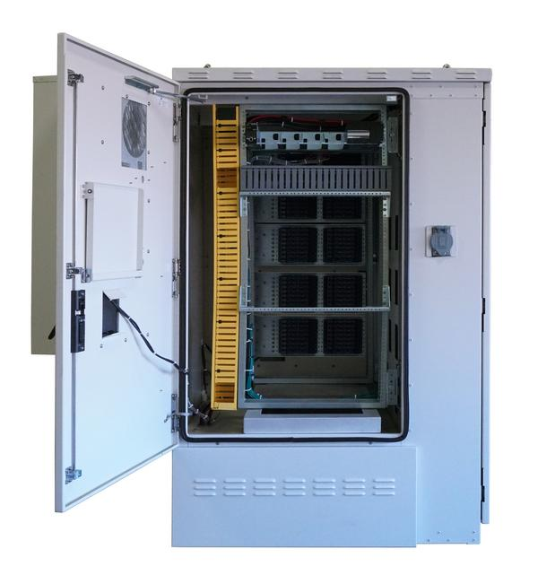 Front View of FieldSmart Fiber Active Cabinet 5400 With Door Open